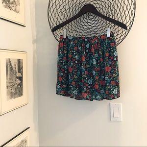 Cute flirty Hollister skirt
